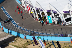Lucas di Grassi, Audi Sport ABT Schaeffler, Daniel Abt, Audi Sport ABT Schaeffler. & Alex Lynn, DS Virgin Racing