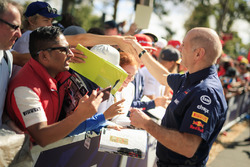 Adrian Newey, Red Bull Racing signs autographs for the fans