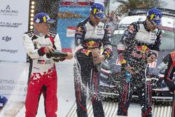 Podio: i vincitori Sébastien Ogier, Julien Ingrassia, M-Sport Ford WRT Ford Fiesta WRC, al secondo posto Ott Tänak, Martin Järveoja, Toyota Gazoo Racing WRT Toyota Yaris WRC