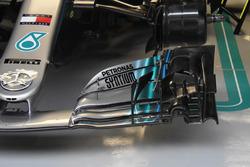 Dettaglio dell'ala anteriore della monoposto di Lewis Hamilton, Mercedes AMG F1 W09