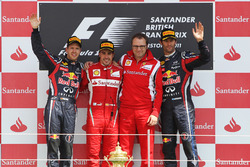 Podium: second place Sebastian Vettel, Red Bull Racing, Race winner Fernando Alonso, Ferrari, Stefano Domenicali, Ferrari General Director, third place Mark Webber, Red Bull Racing