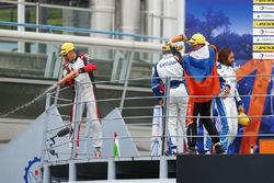 Podium LMP2 : deuxième place #33 TDS Racing Oreca 07 - Gibson: Loic Duval