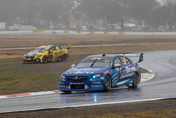 Lee Holdsworth, Charlie Schwerkolt Racing Holden, runs wide