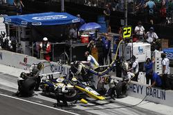Charlie Kimball, Carlin Chevrolet, pitstop