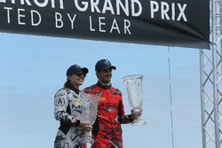 GTD-winnaars: #86 Michael Shank Racing with Curb-Agajanian Acura NSX, GTD: Katherine Legge, Mario Farnbacher Art Fleischmann