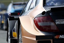 Pascal Wehrlein, Mercedes AMG DTM-Takımı HWA DTM Mercedes AMG C-CoupÈ detayı