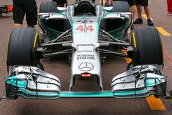 Mercedes AMG F1 W05 alettone anteriore