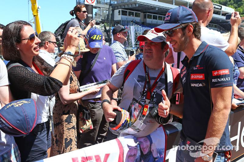 Jean-Eric Vergne, Scuderia Toro Rosso con i tifosi