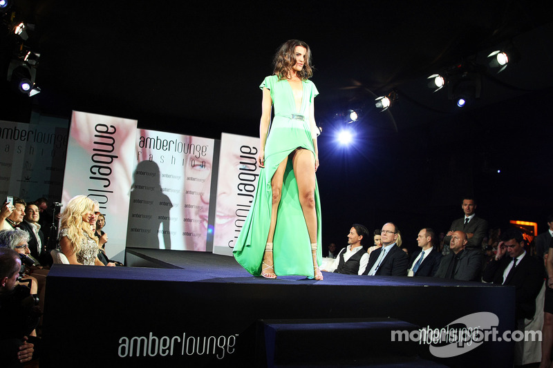 L'Amber Lounge Fashion Show,