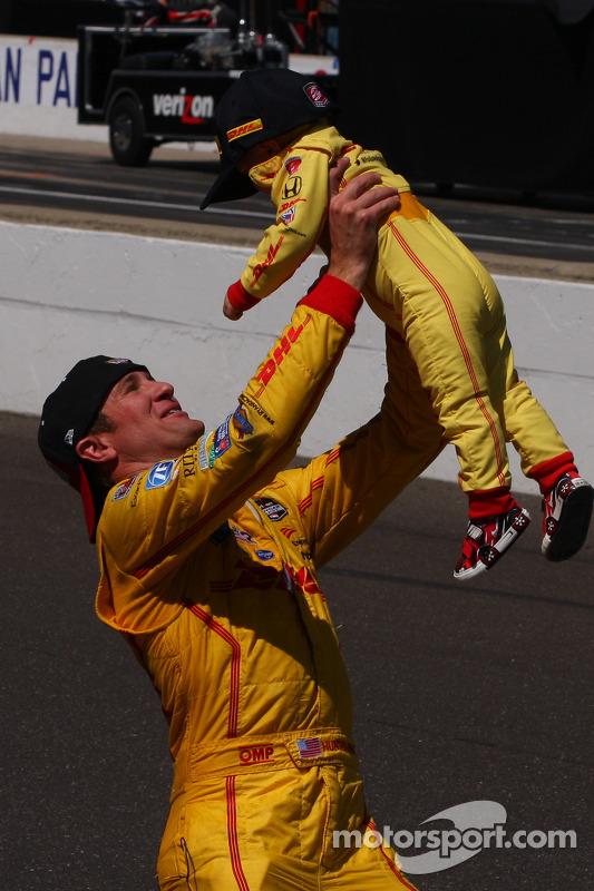 Ryan Hunter-Reay, Andretti Autosport Honda celebra