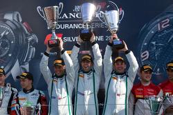 Overall podium: race winners Andy Meyrick, Guy Smith, Steven Kane
