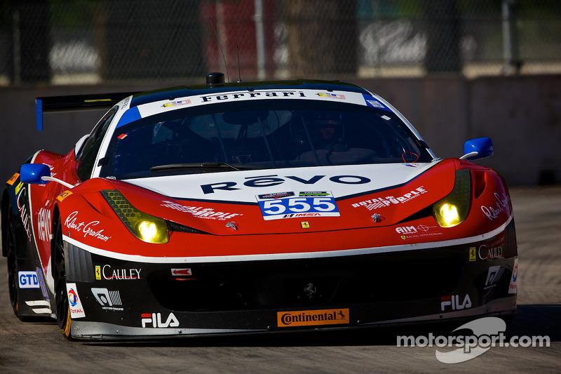 #555 AIM Autosport 法拉利 458 Italia: 汤森·贝尔, 比尔·斯威德勒