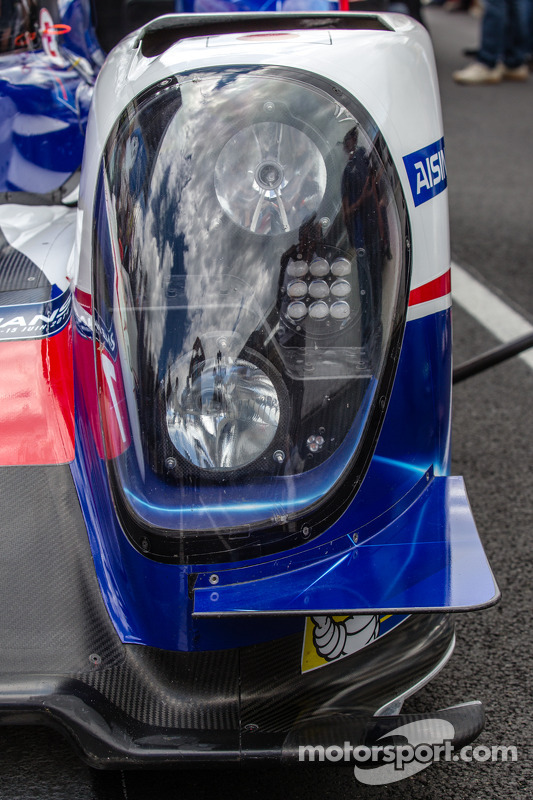 Detalhe do #7 Toyota Racing Toyota TS 040 - Hybrid
