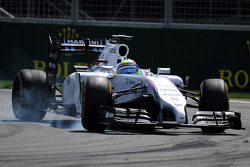 Felipe Massa, Williams FW36 locks up under braking