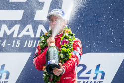 LMP1-L podium: Mathias Beche goes crazy with champagne
