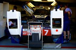 #7 Toyota Racing Toyota TS 040 - Hybrid:
