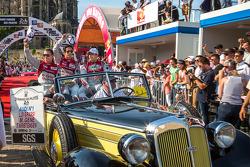Desfile de pilotos el viernes
