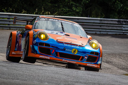 #71 Kremer Racing 保时捷 997 GT3 KR: 埃伯哈德·鲍纳赫, 大卫·施维茨