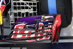 Frontflügel des Red Bull Racing RB10 mit Messgeräten
