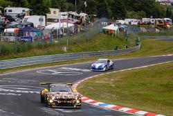 #28 Walkenhorst Motorsport 宝马 Z4 GT3: 斯蒂凡·奥斯特, 彼得·波萨维奇