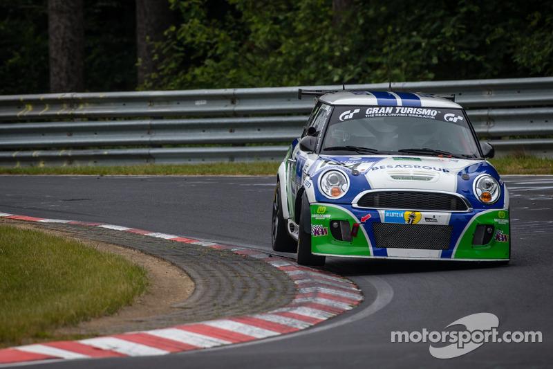 #134 Besaplast Racing Team Mini 库珀 S: Franjo Kovac, Fredrik Lestrup