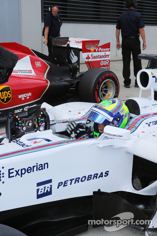 Felipe Massa, Williams FW36 celebra pole position