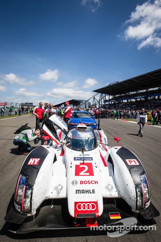 Audi R18, vencedor das 24 horas de Le Mans, no grid de largada