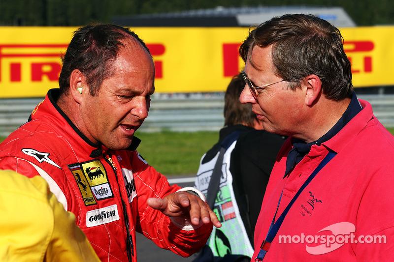 Gerhard Berger con la sua Ferrari F1 / 87