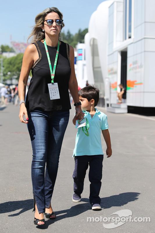 Rafaela Bassi,com seu filho Felipinho Massa (BRA)