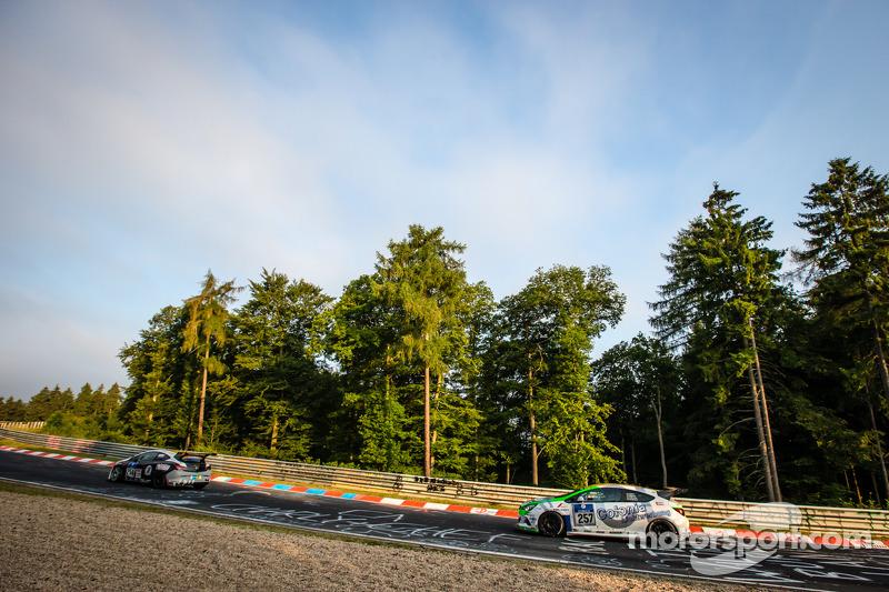#257 DMC Dürener Motorsport Opel Astra OPC Cup: Benjamin Weidner, Dietmar Henke, Stefan Michels, Jör