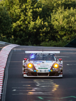 #11 Wochenspiegel Team Manthey Porsche 911 GT3 RSR: Georg Weiss, Oliver Kainz, Michael Jacobs, Jochen Krumbach