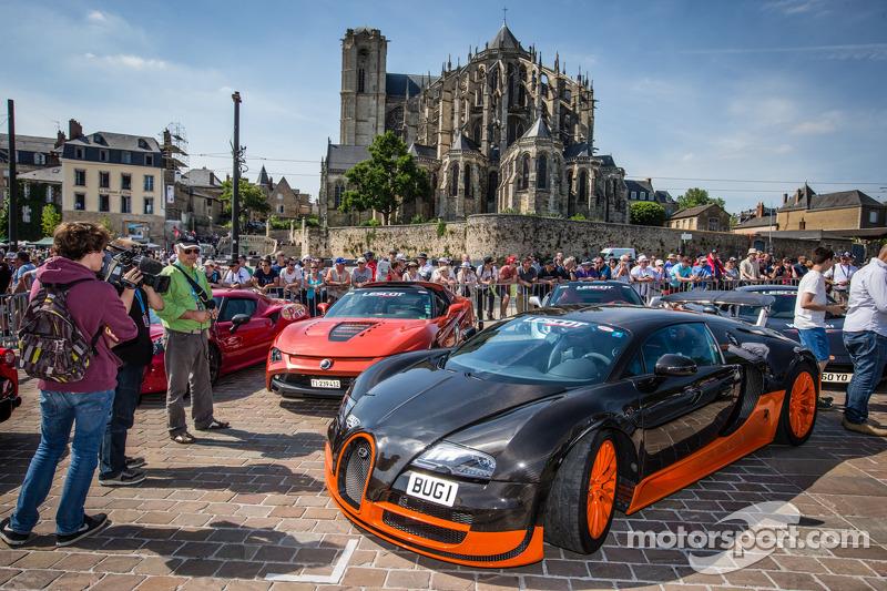 Supercars: Bugatti Veyron