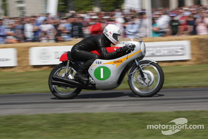 Honda RC164