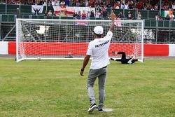 Elfmeterschuss: Lewis Hamilton, Mercedes AMG F1