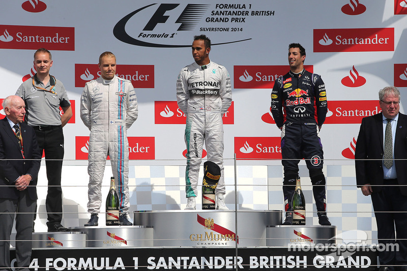 2014. Подіум: 1. Льюіс Хемілтон, Mercedes. 2. Валттері Боттас, Williams. 3. Даніель Ріккардо, Red Bull - Renault