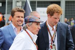 Startaufstellung: Mark Stewart;  Jackie Stewart; HRH Prinz Harry