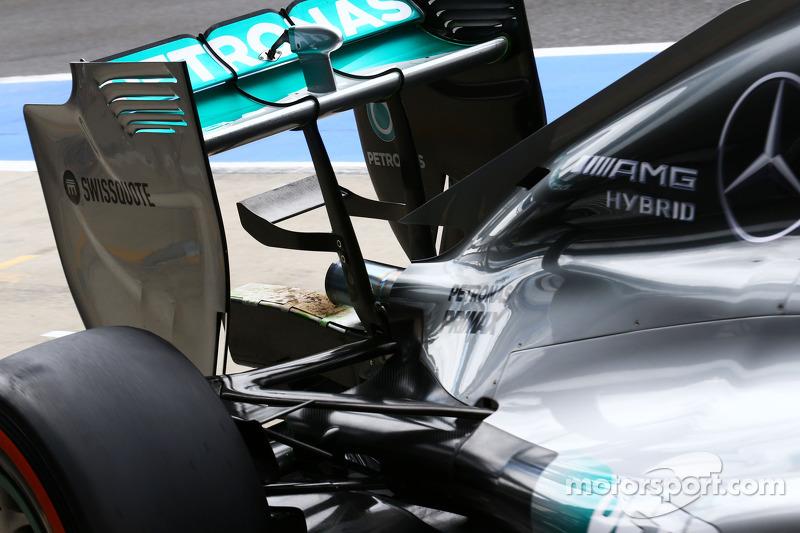 Mercedes AMG F1 W05, Auspuff mit Brandspuren