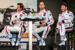 Lucas Ordonez, Wolfgang Reip and Satoshi Motoyama