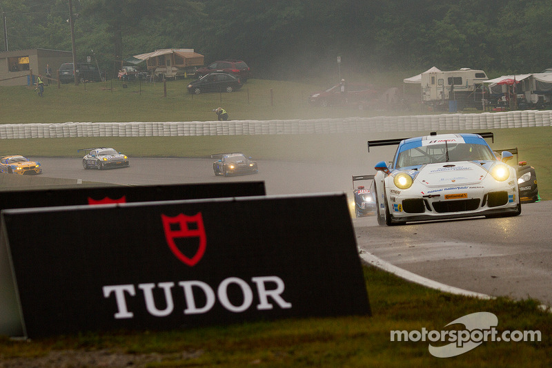 #18 Muehlner Motorsports America 保时捷 911 GT America: 马克·托马斯, 克里斯·格林
