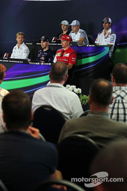 FIA-Pressekonferenz: Nico Hülkenberg, Force India; Kevin Magnussen, McLaren; Adrian Sutil, Sauber; N