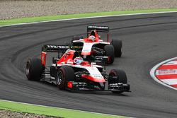 玛鲁西亚F1车队MR03车手马克斯·齐尔顿和队友玛鲁西亚F1车队MR03车手朱尔斯·比安奇
