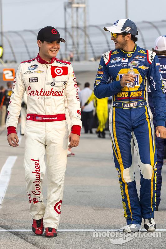Kyle Larson e Chase Elliott