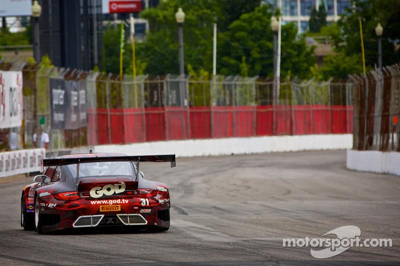 #31 EFFORT Racing 保时捷 GT3 R: 尼克·坦迪