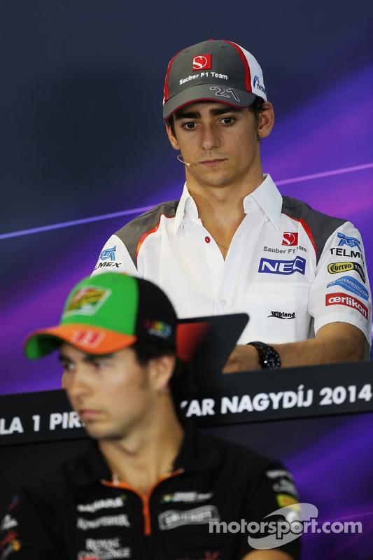 Esteban Gutierrez, Sauber e Sergio Perez, Sahara Force India F1 na coletiva