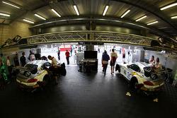 BMW Sports Trophy Team Marc VDS garage
