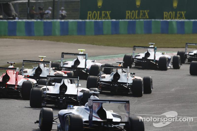 Auto GP3 al via