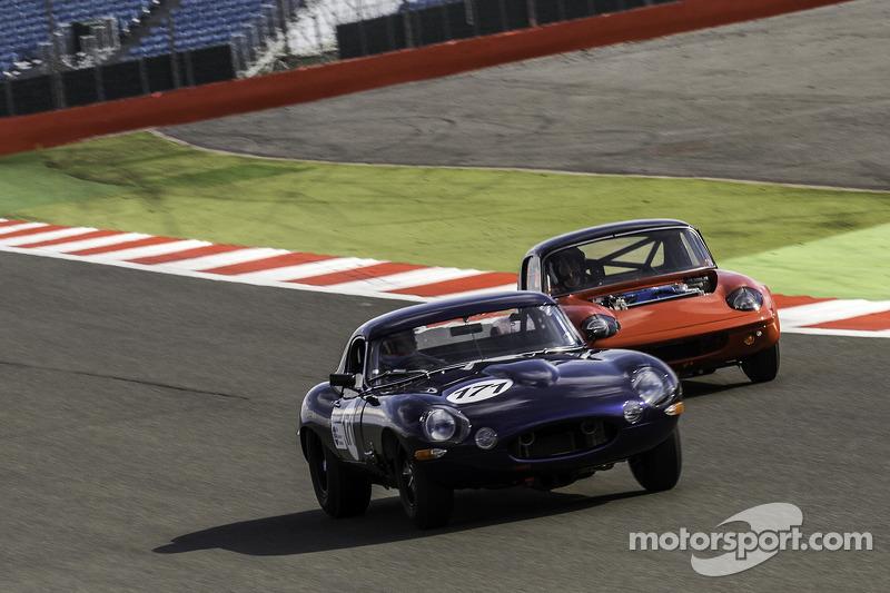 #171 Jaguar E-type: Matt Le Breton, Peter Snowdon
