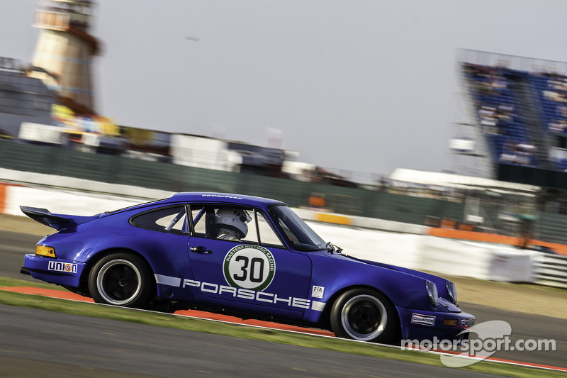 #30 保时捷 911 RSR: Bruce White