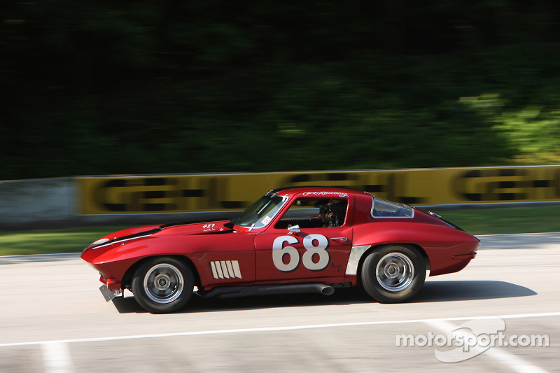 #68 1967 雪佛兰克尔维特