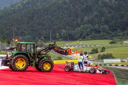Dennis van De Laar, Prema Powerteam Dallara F312 Mercedes yarış dışı kalıyor